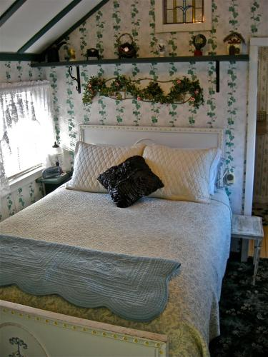 The Old Tower House Bed & Breakfast Photo