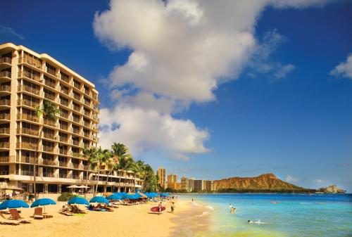 Outrigger Reef Waikiki Beach Resort Photo