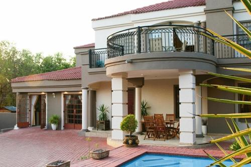 Countryview Executive Guest House Photo