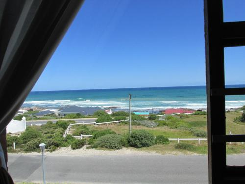 Oceanview Guesthouse Photo