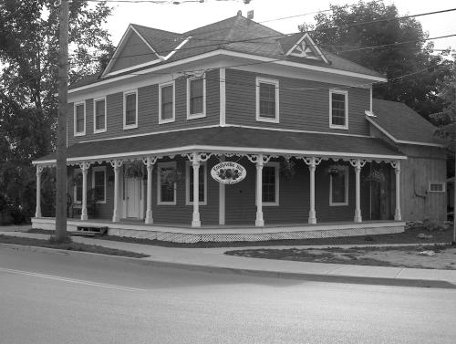 Emilyville Inn Photo
