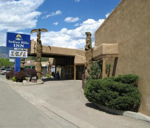 Indian Hills Inn, Taos Plaza Photo