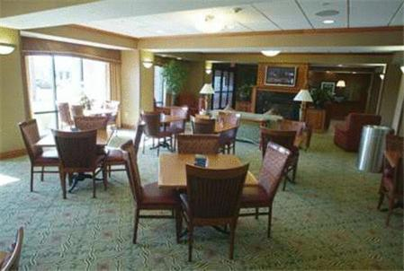 Hampton Inn Omaha West Lakeside Photo