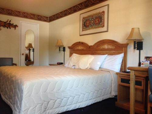 Travelers Inn and Suites South Lake Tahoe Photo