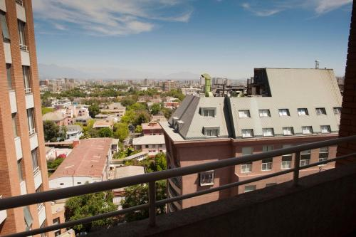 Chilean Suites Providencia Photo