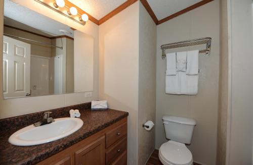 InstaLodge Hotel and Suites Cotulla Photo