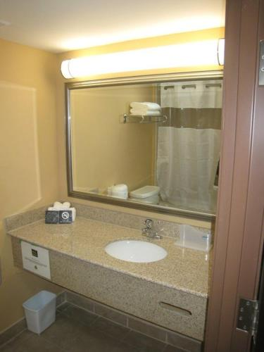 Quality Inn Orleans Photo