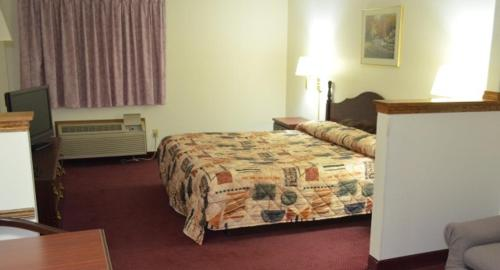 Economy Inn Seymour Photo