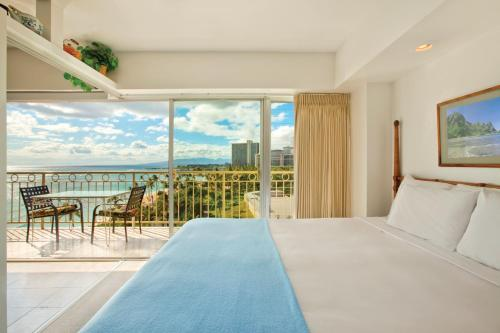 Waikiki Shore by Outrigger Photo