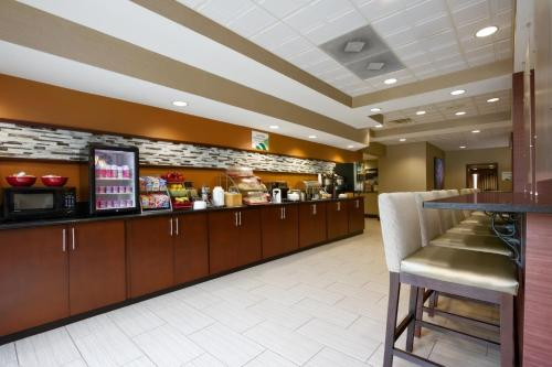 Country Inn & Suites By Carlson, Wolfchase-Memphis, TN Photo