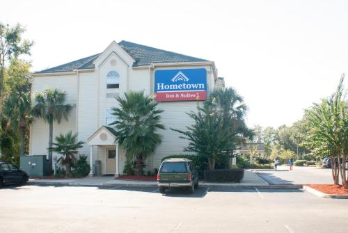 Hometown Inn & Suites Jacksonville Butler Blvd./Southpoint Photo
