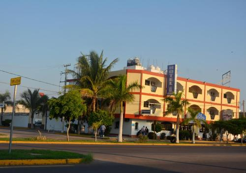 Hotel Las Fuentes Photo