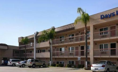 Days Inn Ontario Airport - Ontario, CA 91764