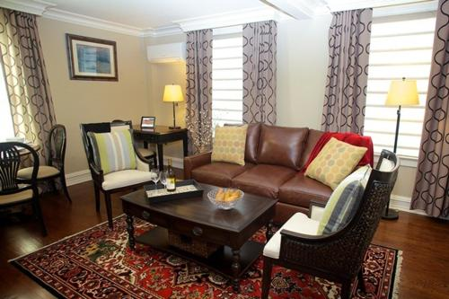 The Guest House at Norwalk Inn - Norwalk, CT 06851