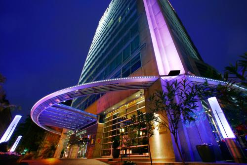 Sofitel Montreal Golden Mile Photo