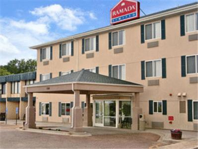 Ramada Limited Colorado Springs Airport Photo