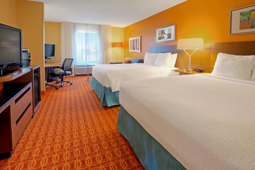 Fairfield Inn Suites By Marriott Memphis Germantown In Germantown Tn Indoor Pool Non