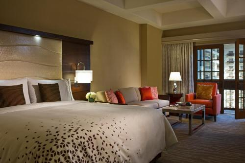 Renaissance Orlando Resort at SeaWorld®, A Marriott Luxury & Lifestyle Hotel photo 17