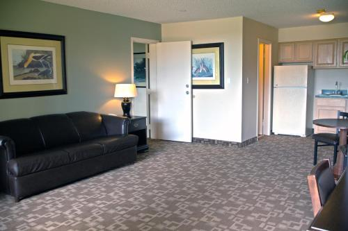 Springfield Hotel and Suites - Kingsland, GA 31548