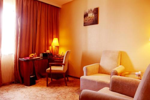 Best Western Richful Green Hotel photo 6