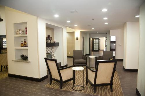 Hampton Inn & Suites Alpharetta-Windward Photo