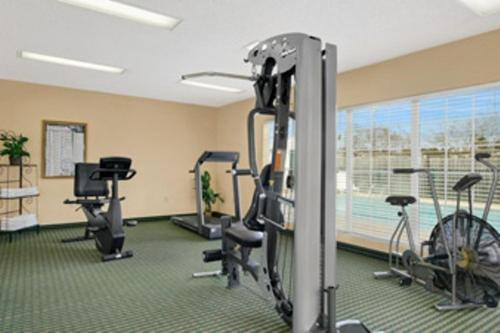 Baymont Inn and Suites - Waycross Photo