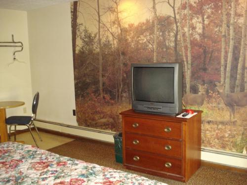 Cedar Grove Motel Photo