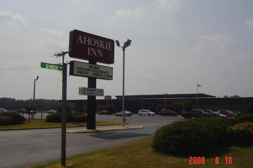 Ahoskie Inn Photo