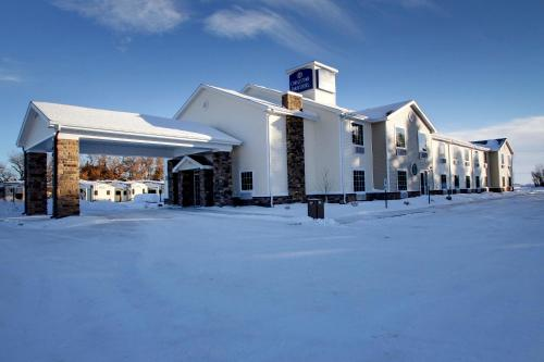 Cobblestone Inn And Suites - Rugby