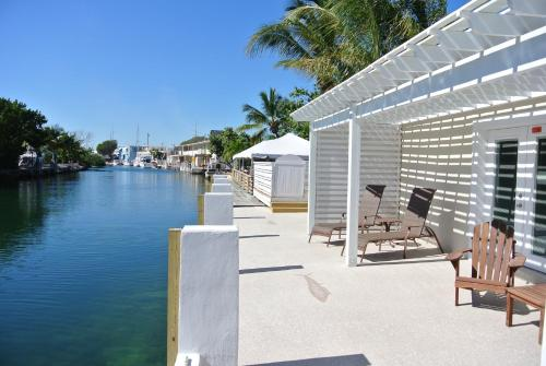 Creekside Inn Islamorada Photo