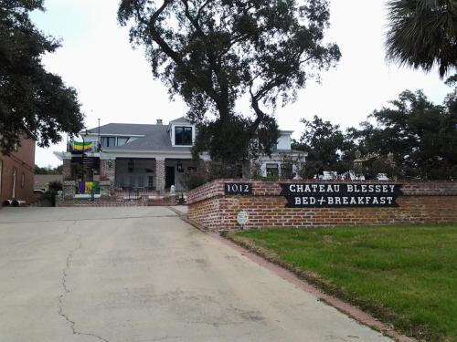 Chateau Blessey Bed & Breakfast
