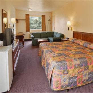 Belmont Inn and Suites Photo