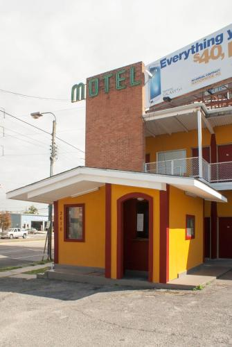 Sweets Inn Motel