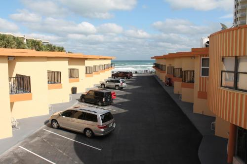 Grand Prix Motel Beach Front Photo