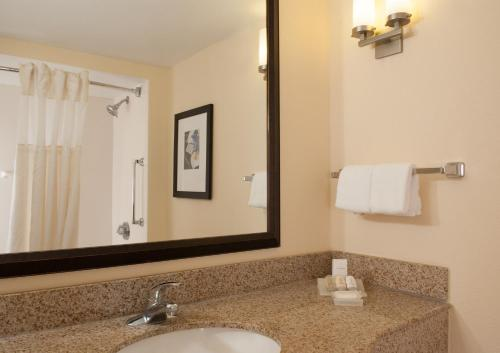 Hilton Garden Inn Orlando Airport photo 14