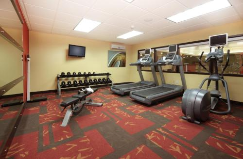 Courtyard by Marriott Dayton North Photo