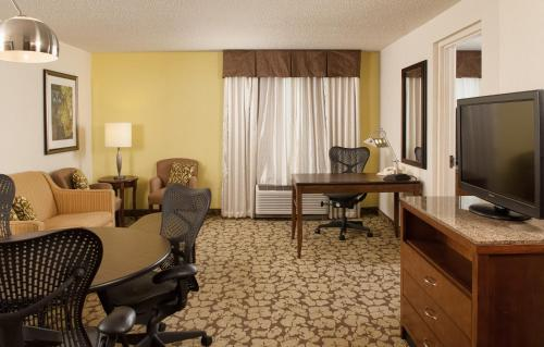 Hilton Garden Inn Orlando Airport photo 36