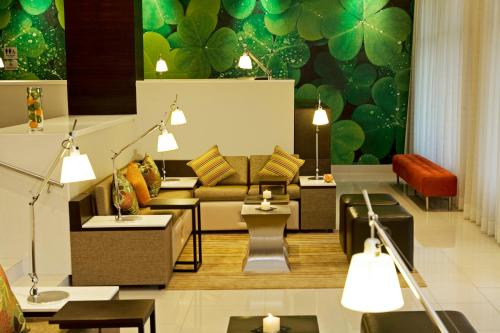 Courtyard by Marriott Panama at Metromall Mall Photo