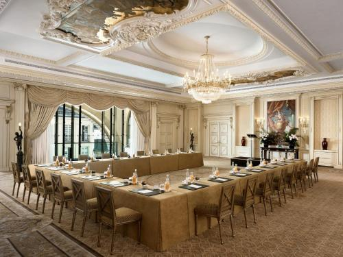 Shangri-La Hotel, Paris photo 28