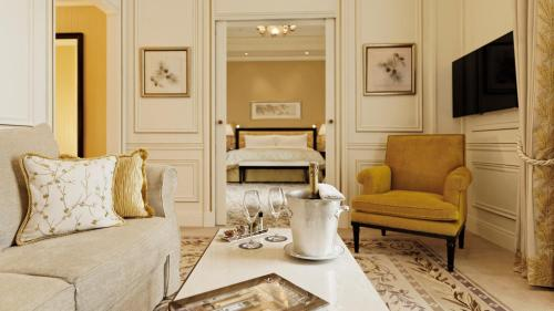 Shangri-La Hotel, Paris photo 53