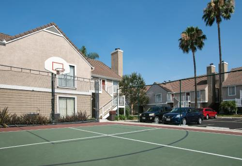 Residence Inn Long Beach Photo
