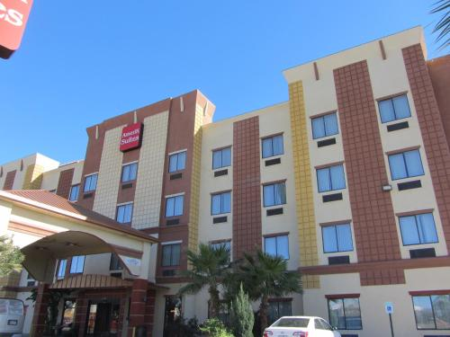 Ameriksuites At Mall Del Norte