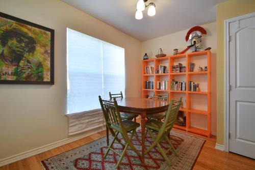 East Austin Home by TurnKey Vacation Rentals Photo