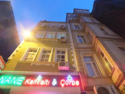 Istanbul Holiday Apart phone number