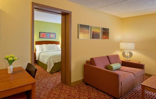 TownePlace Suites Cleveland Westlake Photo