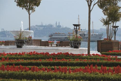 Four Seasons Hotel Istanbul at the Bosphorus photo 28