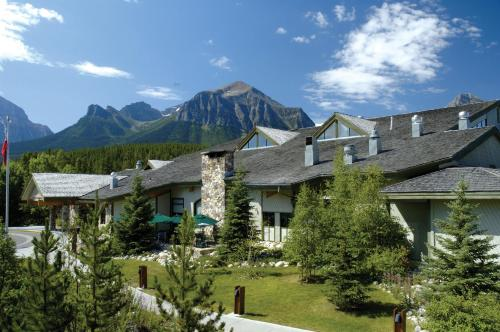 Lake Louise Inn Photo