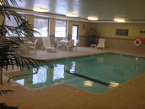 Country Inn and Suites Mishawaka Photo