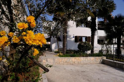 Hotel Apartments Fabac