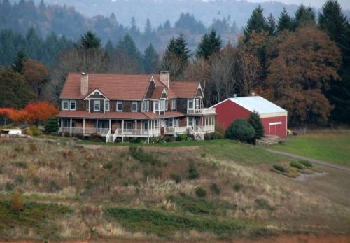 Youngberg hill vineyards and inn in mcminnville or free for 1 youngberg terrace
